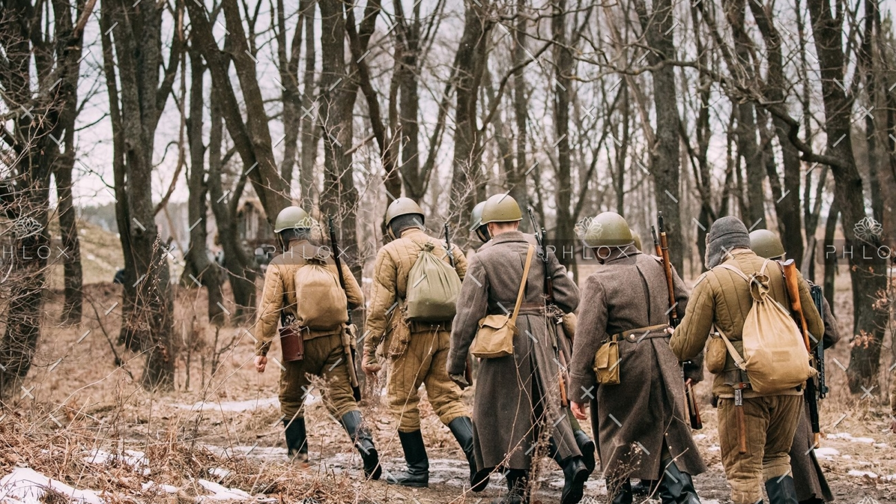 demo-attachment-13-re-enactors-dressed-as-soviet-russian-red-army-P2VAPTQ